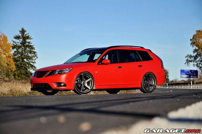 Fälgar till röd Saab