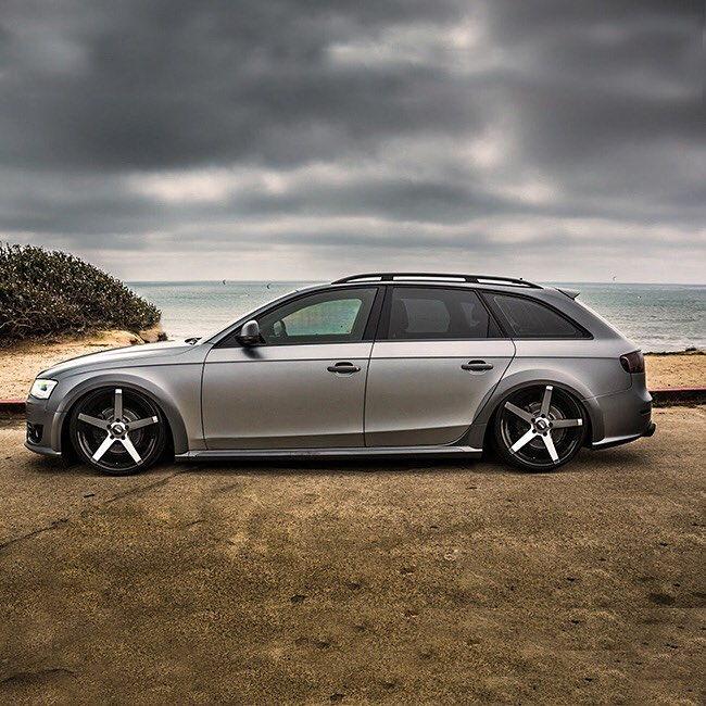 Audi gråa fälgar
