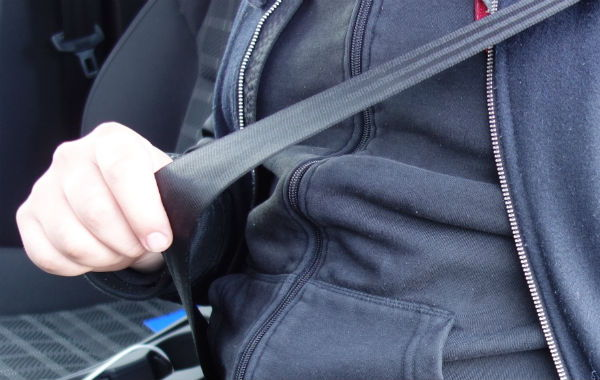 Använd bilbältet