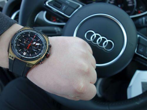 Titta inte på klockan när du kör